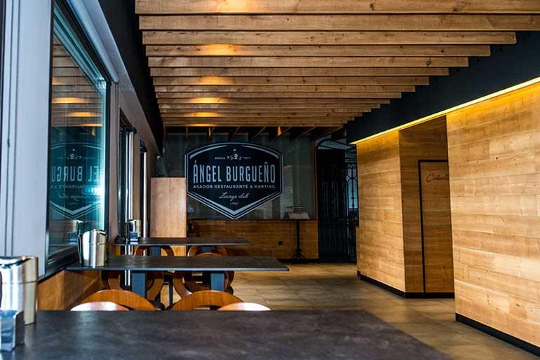 restaurante interior pedrezuela